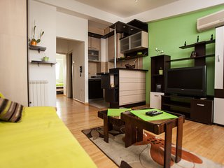 Apartment Oasis- Central Belgrade! Parking!, Belgrado