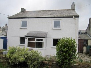 Bramble Cottage Opposite Atlantic road. across fields to Trebarwith Strand -