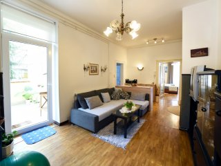 Apartment Palcec - private parking, big terrace, sauna, center of the Zagreb