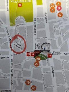 appartamento a 400 metri dal Duomo, a 50 metri da via Etnea e Piazza Stesicoro- Anfiteatro
