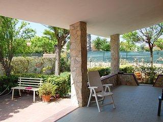Graziosa Villa a 200 mt dalla spiaggia Arenella