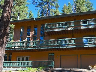 416 Country Club ~ RA51444, Incline Village