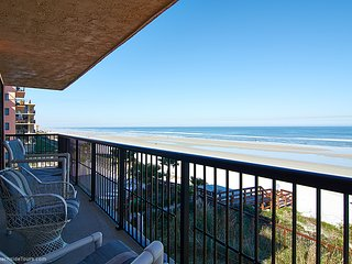 Enjoy Your Stay In This Beautiful Direct Ocean Front End Unit  On No Drive Beach