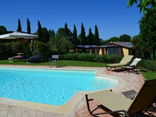 Romantic house with pool for 2 person, Alberoro