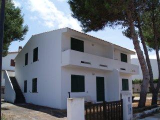 villa con 4 appartamenti indipendenti