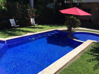 Comfortable Detached House with private pool one block away from the beach