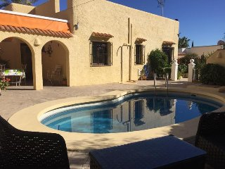 Chalet con piscina en Mojacar