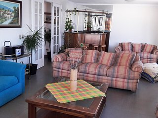 Departamento Amoblado - 3 Dormitorios - 3 Banos - Vista al Mar - Estacionamiento