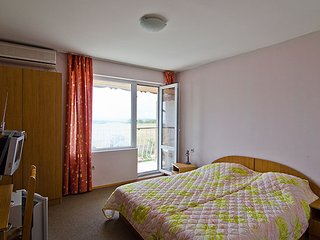 New listing!Double Suite in Charming Seaside Guesthouse