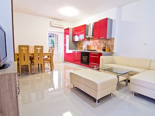 Modern two bedroom apartment in Palit