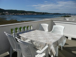 Beautiful two bedroom apartment in Supetarska Draga