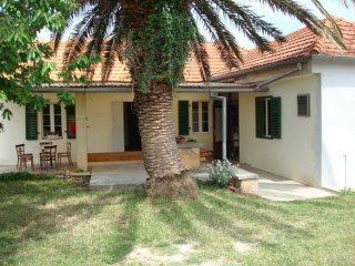 Traditional holiday home in Sukošan near Zadar