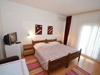 Traditional room in Starigrad