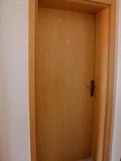 Quiet one bedroom apartment in Pirovac