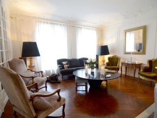 Spacious and chic 1BR apt next to Le Bon Marché