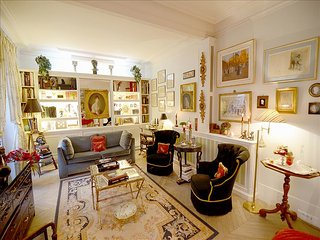 Elegant Gem Near the Seine and the Eiffel Tower