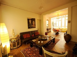 Galeries Lafayette 2BR Vacation Rental in Paris