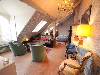 Charming Studio on Rue Saint Honore Near Louvre