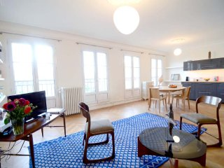 Modern Spacious 1BR apt in the heart of Le Marais