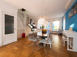 Stunning three level apartment in Amsterdam City Centre