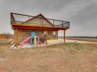 High desert home in a remote location w/ plenty of space, solar power, & decks!, La Sal