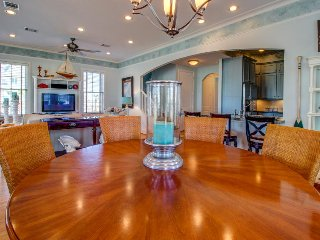 Elegant two-level, dog-friendly home close to the beach!