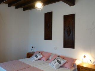 Habitacion doble con dos camas individuales.