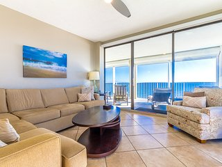 Beach Lovers Dream! 3BD/2BA with Stunning Views, Orange Beach
