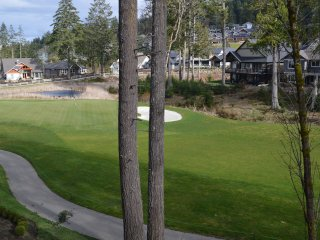 Bear Mountain Condo on the 9th