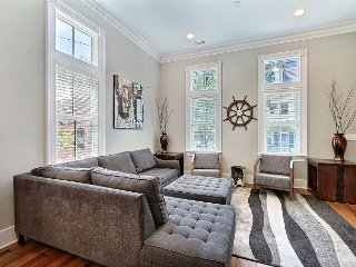 New Beautiful Home in the Heart of Downtown!, Savannah