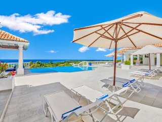 La Bella Casa, Sleeps 18