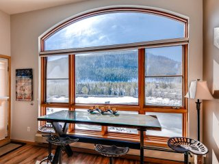 Best Lakeside view in Keystone! Walk to Conference Center ~ RA134240