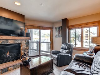 Gorgeous 2 Br condo in River Run Village. Kids ski free! ~ RA141858