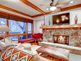 2Br/2.5 Bath Bear Paw Lodge, slope side in Bachelor Gulch