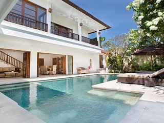 Temple Estate; 6 Bedrooms, Echo Beach, Canggu