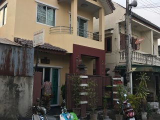 Cozy BIG Family House 4 bedroom, Chiang Mai