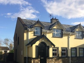 4 Gortamullen Cottages Kenmare