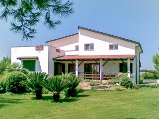 633 Villa with Pool in Aradeo/Gallipoli