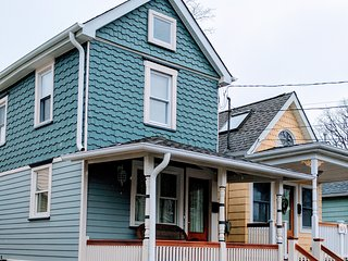 Completely  Renovated Charming cottage, Ocean Grove