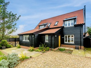 Velsheda - Stunning two bedroom holiday cottage close to Thorpeness beach