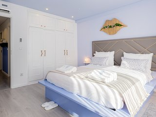 BOUTIQUE Rentals - Provence Apartment