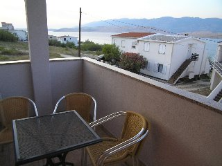 Cozy one bedroom apartment in Pag