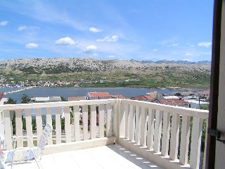 Beautiful view two bedroom apartment in Pag
