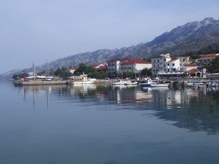 Lovely studio apartment in Starigrad