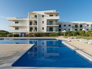 Tudor Apartment, Albufeira, Algarve