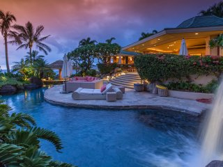 Glamorous 5BD Estate w/Pool, Stunning Ocean & Sunset Views
