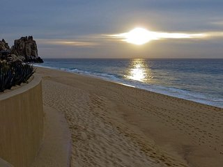 AMAZING AND EXQUISITE VACATION  GRAND SOLMAR LAND'S END RESORT & SPA, Cabo San Lucas