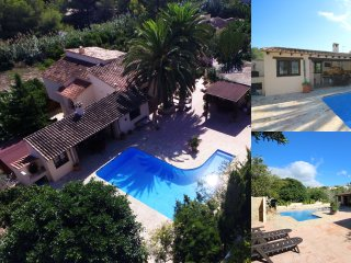 Private & Luxurious Villa with Pool - Lots of Space & Short Walk to the Sea, Benissa