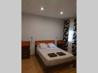 Apartamento Puente Romano. PARKING y WIFI GRATIS. VFT/CO/00137, Cordoue