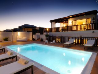 Playa Blanca Holiday Villa 11358